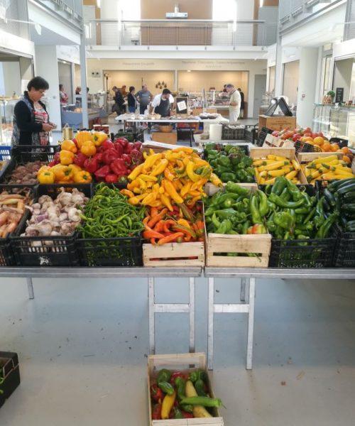 le marché de st Sever légumes récolte ferme de Berdin Banos